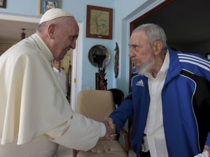 Pope Francis meets with former Cuban President Fidel Castro in Havana, Cuba, on September 20, 2015. Photo courtesy of REUTERS/Alex Castro-Castro Family/Handout via Reuters *Editors: This photo may only be republished with RNS-POPE-FIDEL, originally transmitted on September 21, 2015.